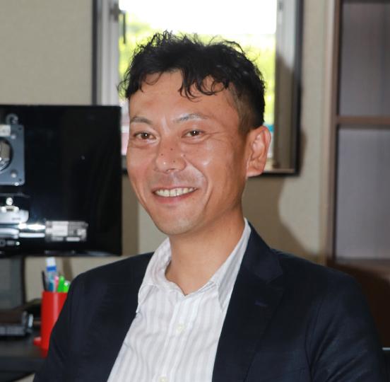 代表取締役 田中隼人 写真